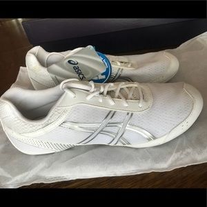 White Asics Gel-Ultralyte Cheer Shoes
